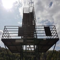 Sprungturm